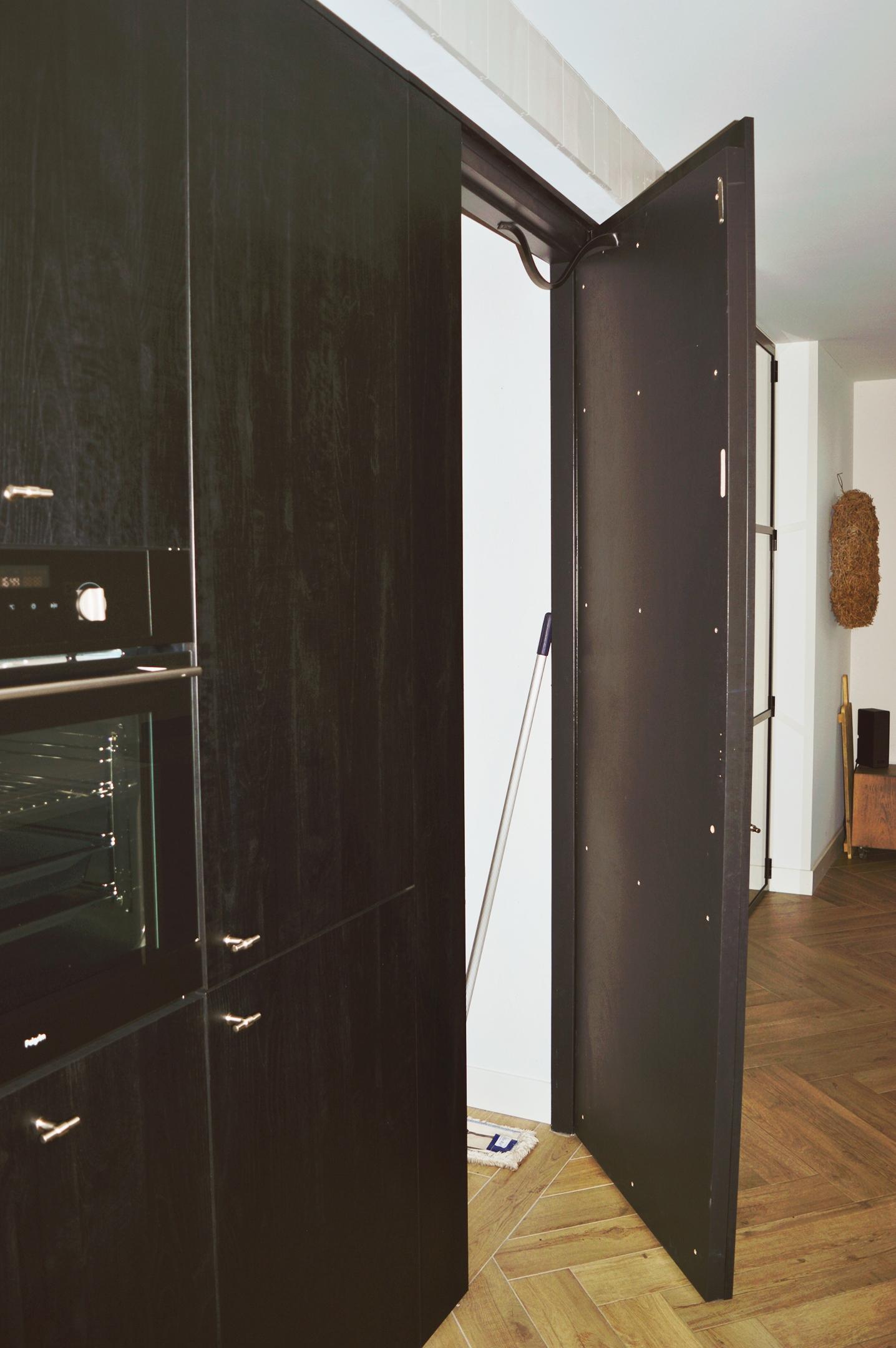 zwarte keuken betonlook blad